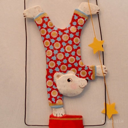 litttle-circus-ours-equilibriste-franbulle-5.jpg